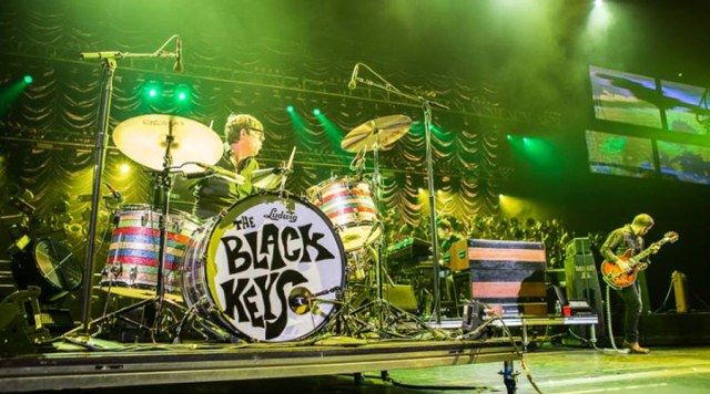 """Quebrando um hiato de 5 anos, The Black Keys lança a faixa """"Lo/Hi"""""""