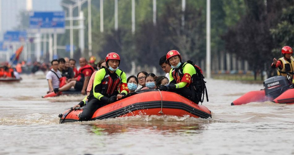 """""""millennium-floods"""":-floods-kill-more-than-300-in-central-china,-toll-tripled"""