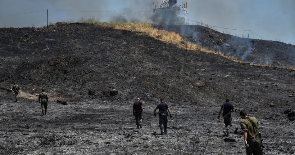 israel-carries-out-airstrikes-against-lebanon-after-rocket-fire