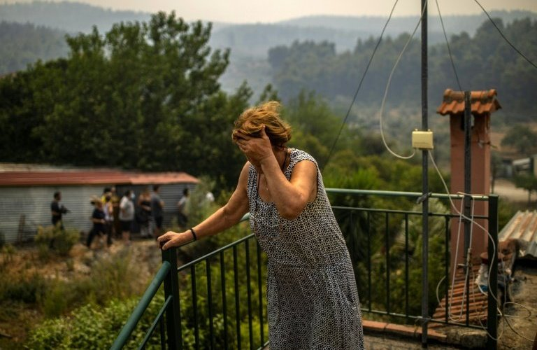 """fires-in-greece:-anger-roars-in-asimnio,-where-""""no-one-arrives"""""""