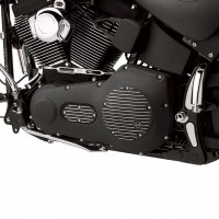 Aplikasi Cat Wrinkle Black pada Cover Engine