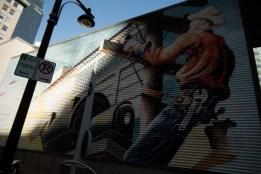 pole-worker-mural