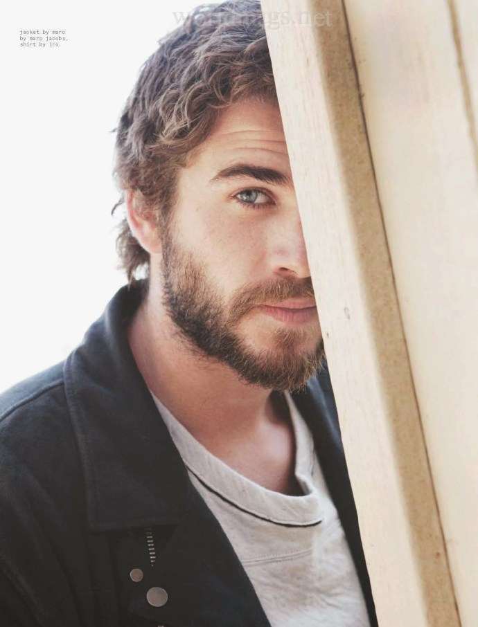 Liam-Hemsworth-Nylon-Guys-October-November-2014-6
