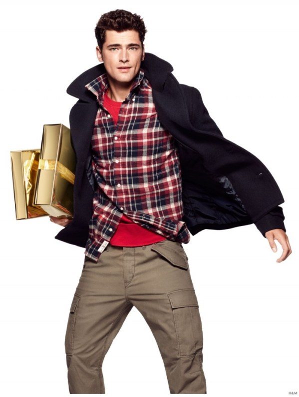 Sean-OPry-HM-Holiday-2014-Photo-Shoot-003-800x1061