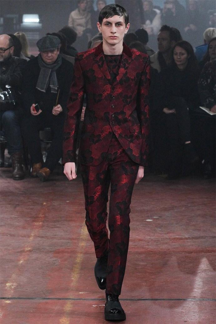 Alexander McQueen Otoño Invierno 2015 14