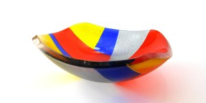 Making a Geometric Design Fused Glass Chinese Bowl