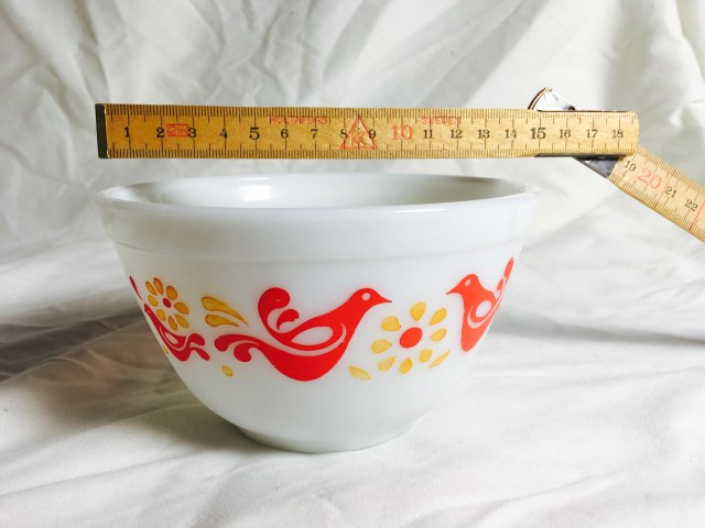 friendship pattern pyrex mixing bowl