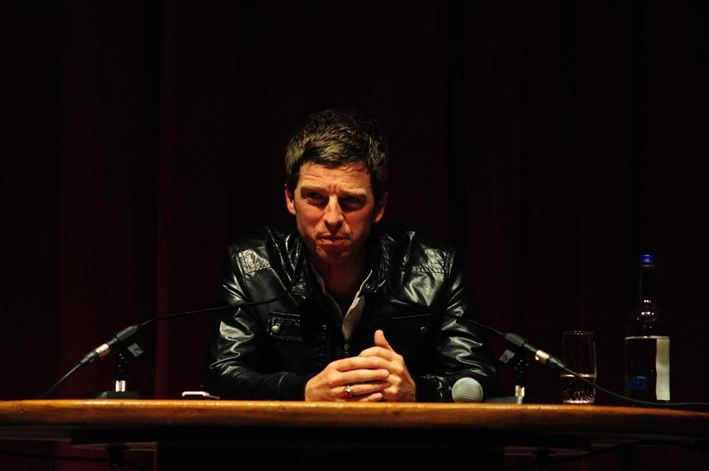noel-gallagher-press-conference-6th-july-2011