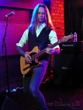Guitarist Anders Rosell
