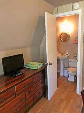 Stone's Throw Bathroom