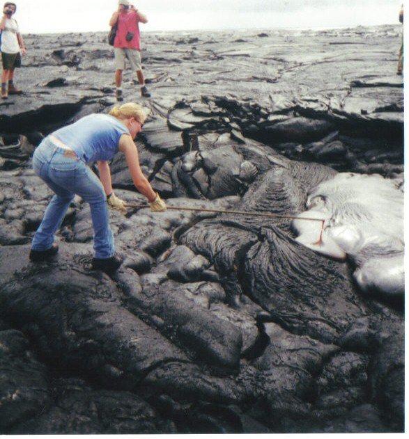 Elaine Smid - On a hawaiian lava flow