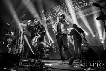 The-Glorious-Sons-IMG_3943-70-200