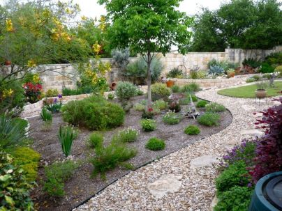 Texas Style Front Yard Landscaping Ideas 36