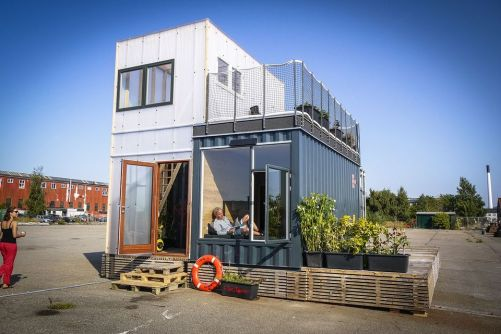 Best shipping container house design ideas 27