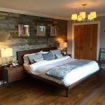 Artistic Pallet, Peel and Stick Wood Wall Design and Decorations 27