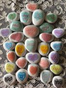 Creative diy painting rock for valentine decoration ideas 11