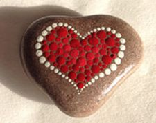 Creative diy painting rock for valentine decoration ideas 26