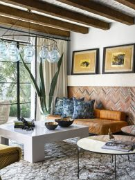 Modern Mediterranean Living Room Interior and Decorations 21