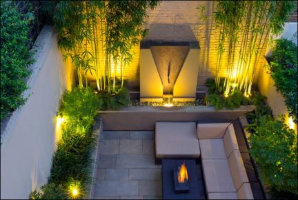 Small courtyard garden with seating area design and layout 87