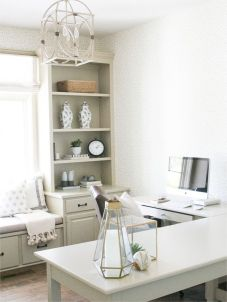 Awesome Built In Cabinet and Desk for Home Office Inspirations 62