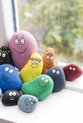 Creative DIY Easter Painted Rock Ideas 18