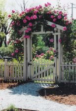 Fascinating Garden Gates and Fence Design Ideas 16