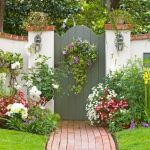 Fascinating Garden Gates and Fence Design Ideas 65