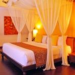Lovely Romantic Bedroom Decorations for Couples 30