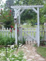 Stunning Creative DIY Garden Archway Design Ideas 7