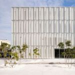 Stunning Glass Facade Building and Architecture Concept 31