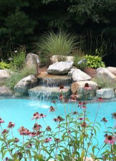 Stunning Outdoor Pool Landscaping Designs 96