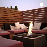 Stunning Privacy Fence Line Landscaping Ideas 37