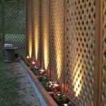 Stunning Privacy Fence Line Landscaping Ideas 63