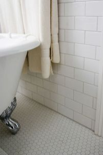 Vintage and Classic Bathroom Tile Design 57