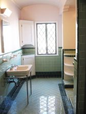 Vintage and Classic Bathroom Tile Design 59