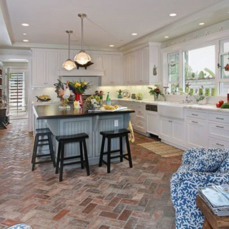 Amazing Brick Floor Kitchen Design Inspirations 1