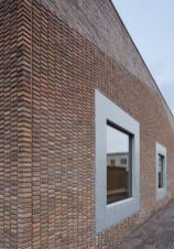 Artistic Exposed Brick Architecture Design 39