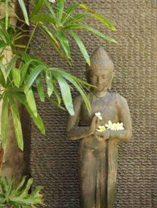Awesome Buddha Statue for Garden Decorations 35