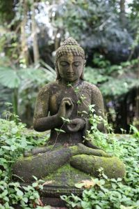 Awesome Buddha Statue for Garden Decorations 37