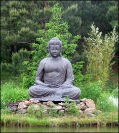 Awesome Buddha Statue for Garden Decorations 76