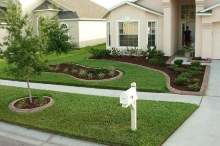 Front Yard and Garden Walkway Landscaping Inspirations 28