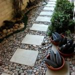 Front Yard and Garden Walkway Landscaping Inspirations 50