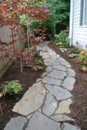 Front Yard and Garden Walkway Landscaping Inspirations 7