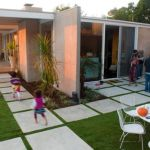 Modern and Contemporary Front Yard Landscaping Ideas 27