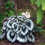 Spooky Plant and Flower Ideas to Make Perfect Goth Garden 23