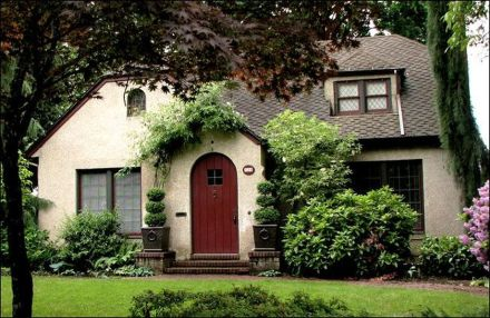 Wonderful European Cottage Exterior Design 112