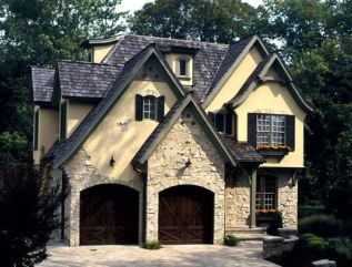 Wonderful European Cottage Exterior Design 43