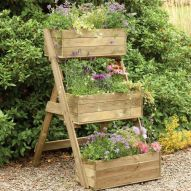 25 Simple Ideas to Make Cascading Garden Planter 17