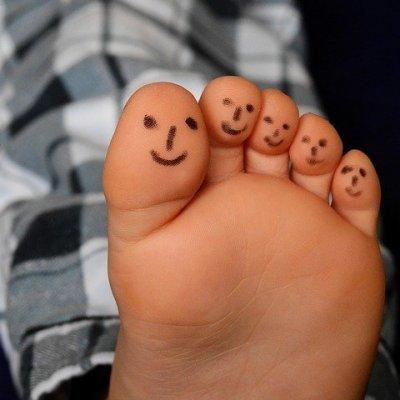 A Dead Sea Salt foot scrub makes for happy feet!