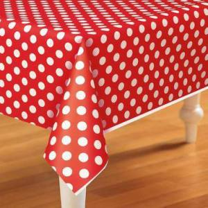 Tablecover Red Polka Dots 1.37m x 2.74m
